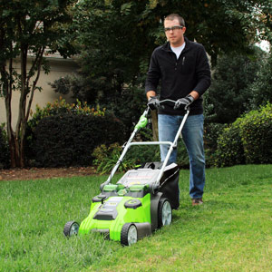 GreenWorks 25302 Twin Force G-MAX Lawn Mower